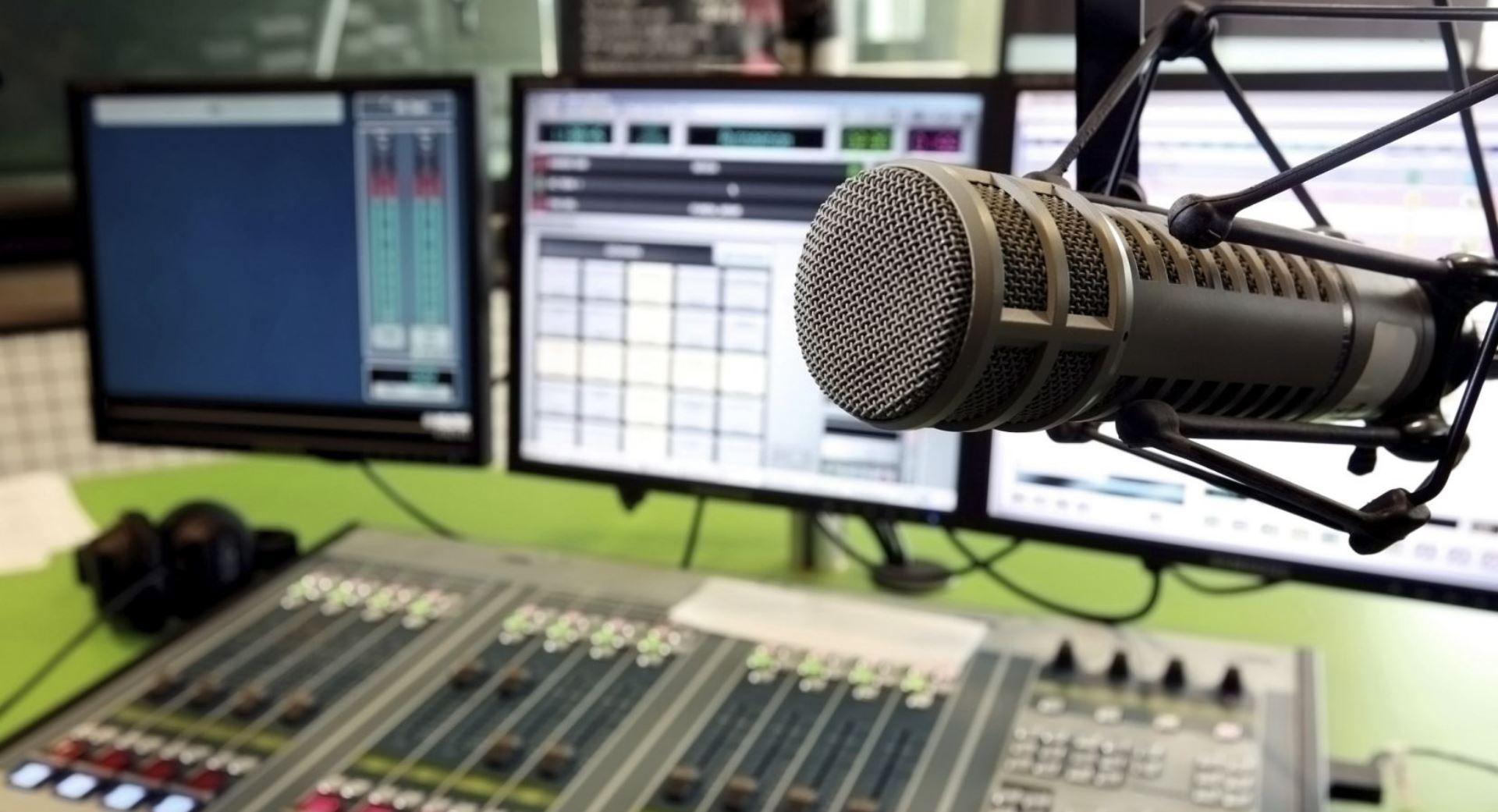 Tanzanie : Le gouvernement impose aux médias de recruter de vrais journalistes pour remplacer les comédiens